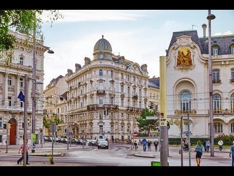 VIENNA AUSTRIA : Exploring Vienna Austria with trams