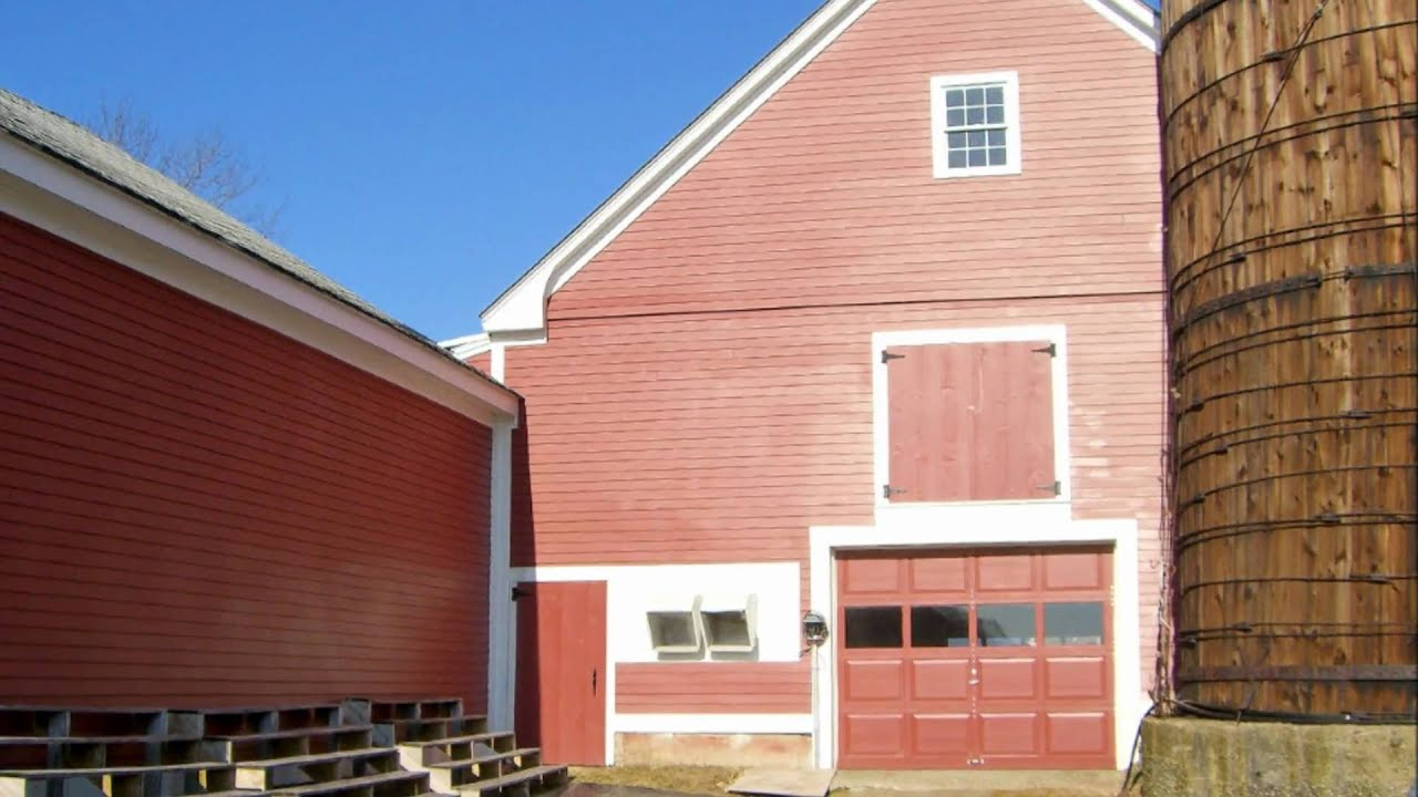 Heaney construction specializing in barn home for New home construction nh
