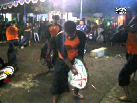 Turonggo Putro Budoyo - Kalapan