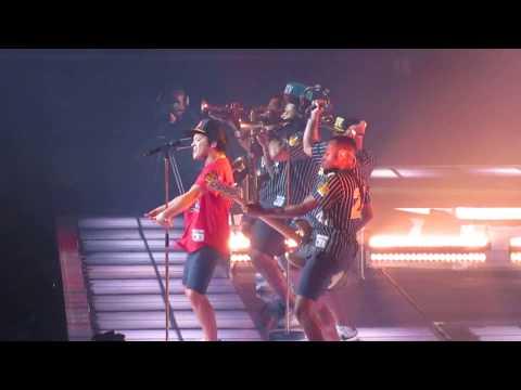 Bruno Mars 11.11.17 the Forum LA - Runaway