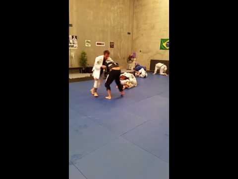 Vicente Cavalcanti  rolling with Keenan Cornelius