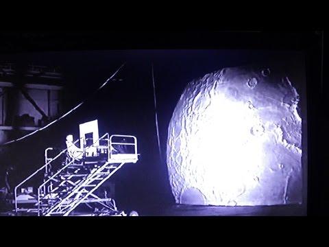 NASA FUMBLES BALL EARTH SCAM