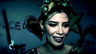 ¡Michelle Salas brilla en desfile de moda en México!   De Primera Mano