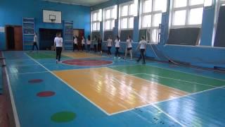 Фрагмент (1) урока физической культуры в старших классах