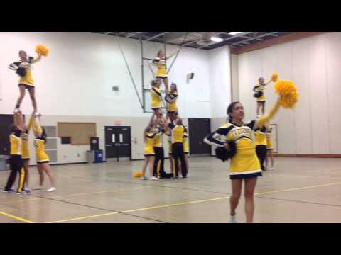 UW Oshkosh Homecoming 2014 Cheer Stunt Crew