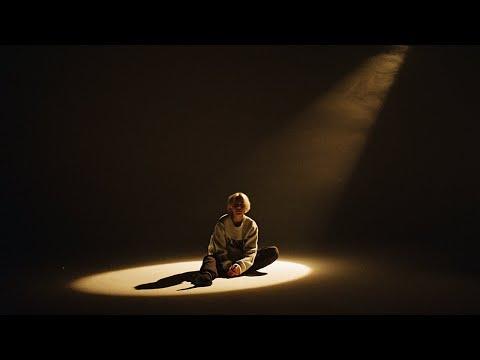 Смотреть клип Beatrich - Hands Tied
