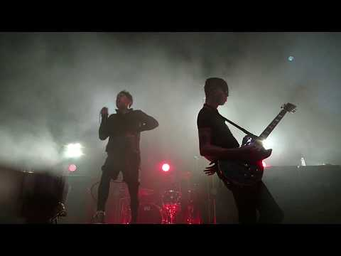AFI - I Hope You Suffer (Live The Forum, Melbourne 10/9/17)