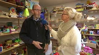 Bert Sepers in Nieuwleusen zamelt speelgoed voor Sint Maarten in