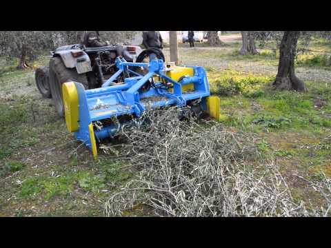 Omat t 24 trincia universale a martelli lavorazione for Di raimondo macchine agricole