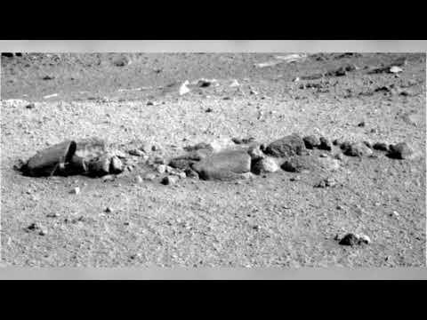 Did NASA find an 'alien skeleton' on Mars?