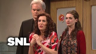 Penelope: Thanksgiving - Saturday Night Live