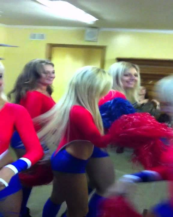 Группы поддержки в раздевалке, домашнее порно из беларуси