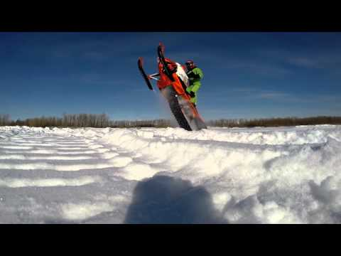 Прыжки на снегоходах!!!Нижневартовск.Arctic cat m8000 sno pro 153