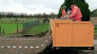 Asi se pavimentan las calles en Holanda.flv