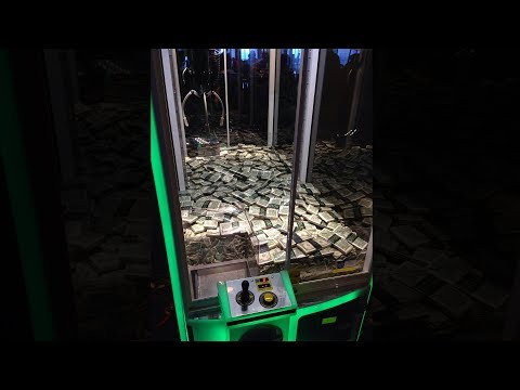 this arcade claw machine hack should be illegal..