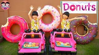 หนูยิ้มหนูแย้ม   เล่นเปิดร้านขายโดนัท YimYam Pretend Play with Donut Bakery Shop