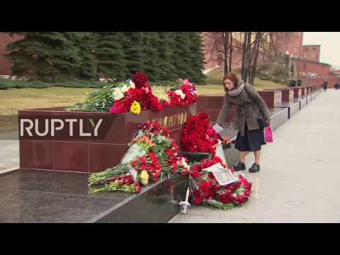 LIVE: Moscow mourns victims of St. Petersburg metro blast