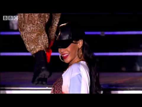 Download Rihanna - We Found Love at BBC Radio 1 (Hackney Weekend) 2012