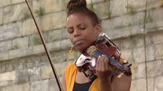 Regina Carter - Oh, Lady Be Good - 8/15/1998 - Newport Jazz Festival (Official)
