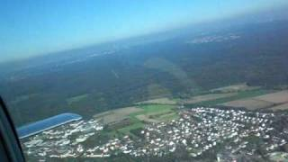 Alleinflug in Grumman American AA-5 1