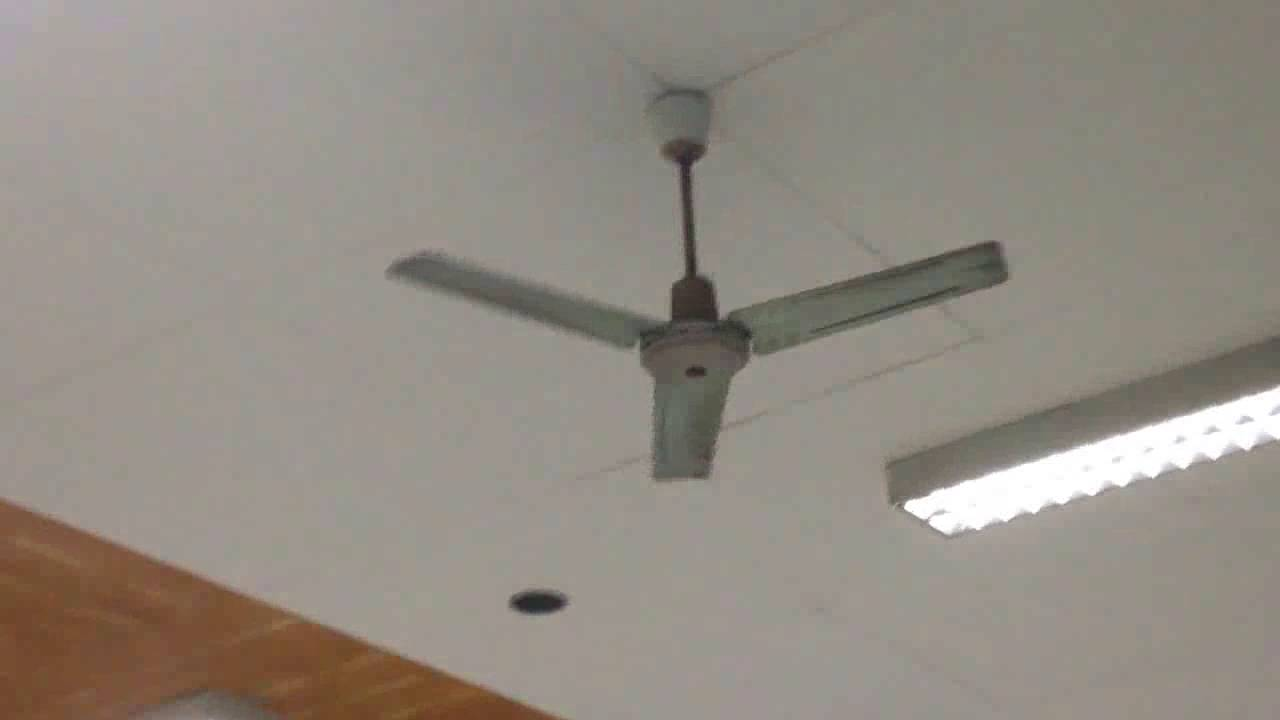 Uncles wake demc and standard vintage ceiling fans operation uncles wake demc and standard vintage ceiling fans operation ceiling fan blades youtube aloadofball Choice Image