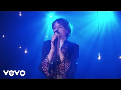 Florence + The Machine - Never Let Me Go (AOL Sessions)