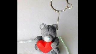 Мишка-подставка для фотографий. Романтичная идея(Смотрите как сделать красивую и романтичную подставку для фотографий из полимерной глины http://www.sdelaysam-svoimiruka..., 2015-06-21T05:36:45.000Z)