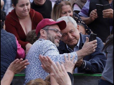 Aspirantes a Presidencia de México cierran precampaña con mensajes optimistas