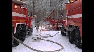 В недостроенном торговом центре в Хабаровске произошел пожар. MestoproTV