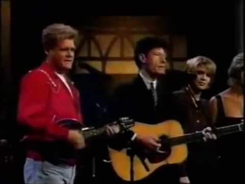 Ricky Skaggs, Lyle Lovett, Faith Hill, and Alison Krauss – White Freightliner Blues (Live)