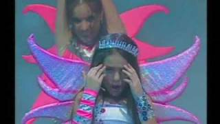 Смотреть клип Danna Paola - Late Mi Corazon