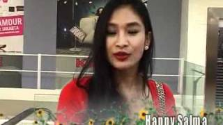 Happy Salma Kurangi Aktifitas Pasca Menikah - cumicumi.com