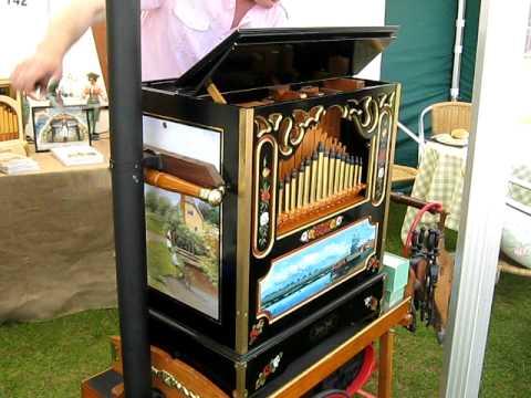 Alan Pell Music 31Keyless Steam Organ