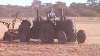 Tandem Hitched tractors in Australia