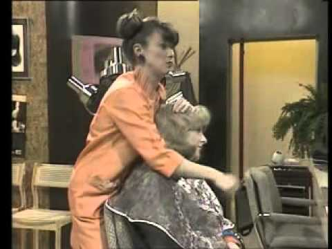 VIctoria Wood & Julie Walters - At The Hairdressers