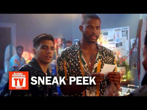 grown-ish S02E03 Sneak Peek | 'Aaron Celebrates Black Excellence' | Rotten Tomatoes TV