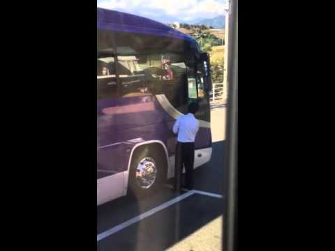 Japan cleaning bus