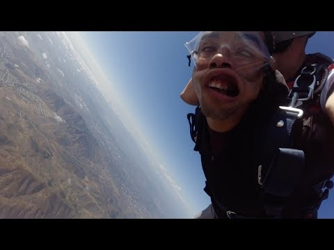 US Marine Faints Three Times While Skydiving