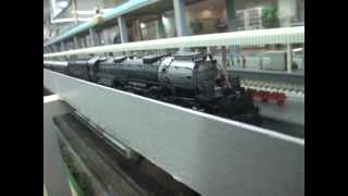 UNION  PACIFIC  BIGBOY 4-8-8-4 (#4014)  ATHEARN  N-SCALE 走行動画