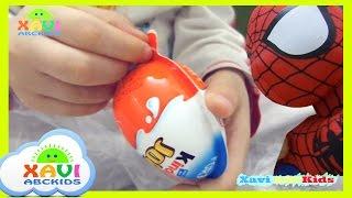 Opening Kinder Joy Surprise Egg | Xavi ABCKids |  Mở trứng bất ngờ có kẹo và đồ chơi