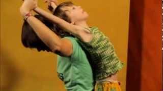 Парная йога с детьми: растяжка, укрепление и оздоровление семьи