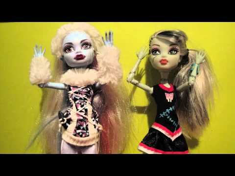 MONSTER HIGH. CALLING ALL THE MONSTERS.
