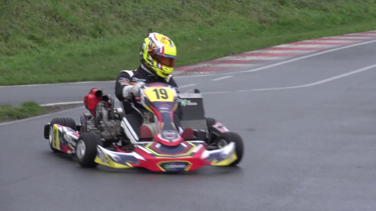 VIDEO Part1: The first four-stroke shifterkart-engine Rookie