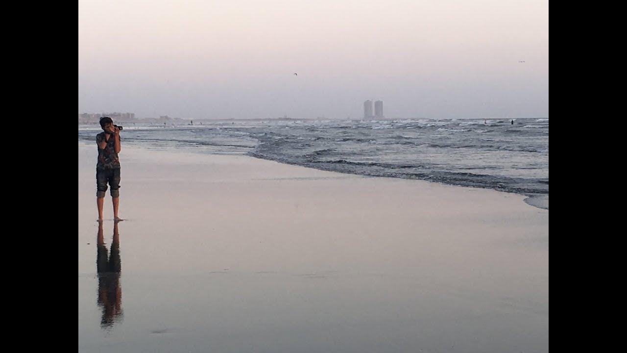 Karachi by the sea: a day at Clifton beach