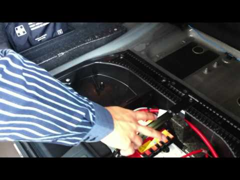 Review BMW X1 : ห้องสัมภาระท้ายรถ