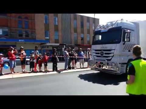 Bathurst 2014 Transporter Parade