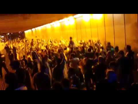 Irish fans throw massive sing-song in Bordeaux tunnel