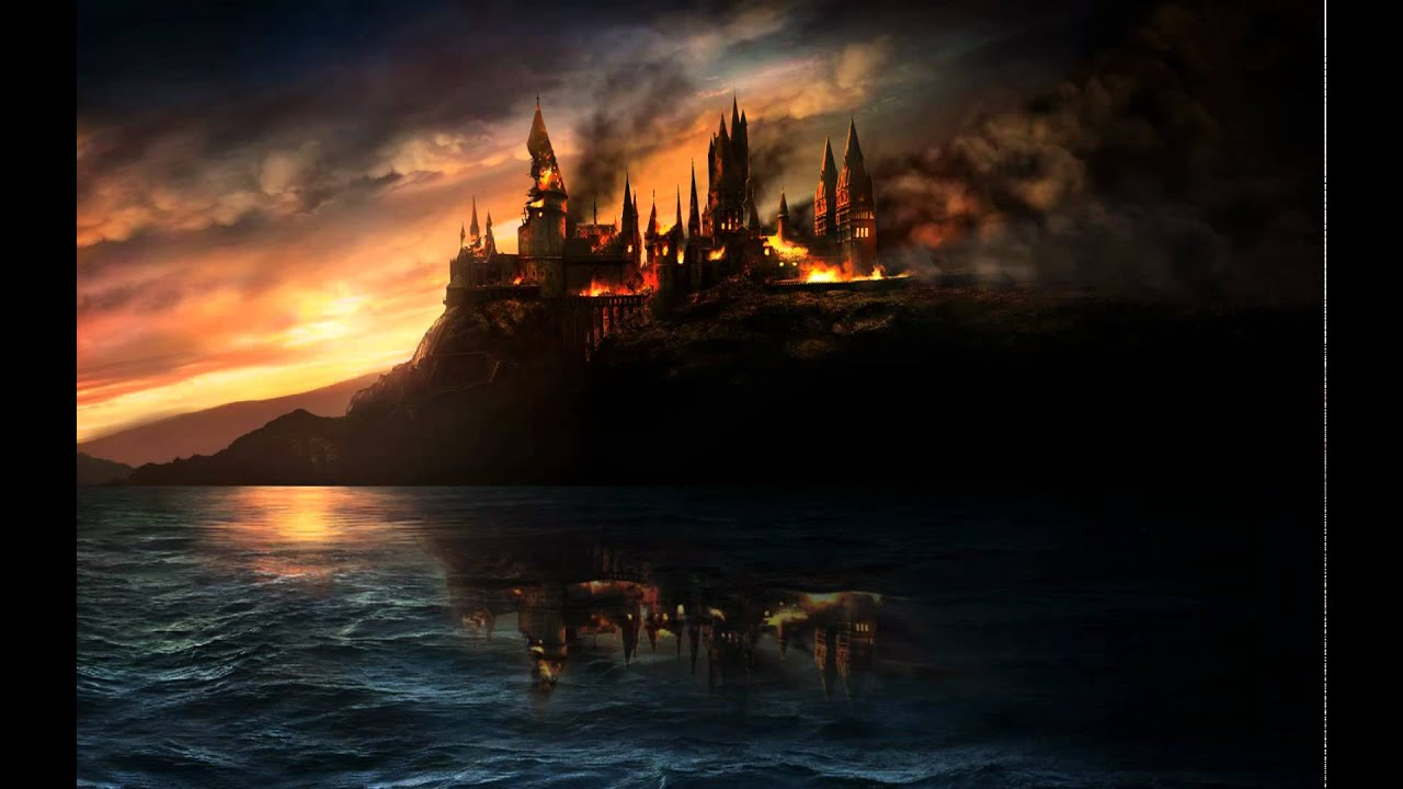 Harry Potter and the Deathly Hallows - Burning Hogwarts ...