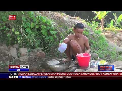 Dilanda Kekeringan, Warga Desa Ambit Mandi Pakai Air Sungai Kotor Mp3