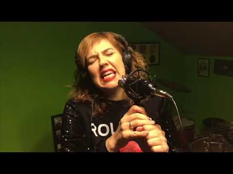 Caraja lanza el videoclip 'Yo me quedo en casa' en memoria de las víctimas del Covid-19